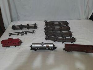 Vintage S Scale 2 Rail American Flyer Track, Engine & 3 Cars. See Description