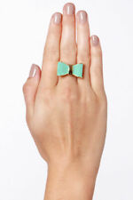 Present Day Teal Bow Ring size 6 NWOT