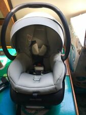 Maxi Cost Car Seat + Base baby carseat grey very comfy and light weight