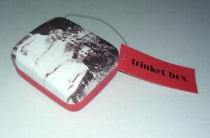 1927 MINI TRINKET GIFT BOX Photography Nostalgia JEWELLERY Velvet Inner RED BASE