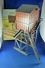 Plasticville - #1976-298 Coaling Station - COMPLETE - Boxed - Excellent