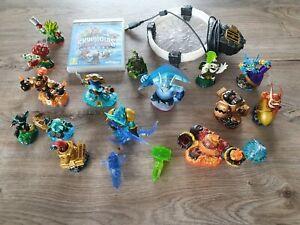 Jeu Skylanders Trap Team (PS3) + 18 figurines