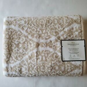"""Threshold Performance Bath Towel 30"""" x 54"""" - White and Tan 100% Cotton Low lint"""