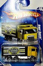 Hot Wheels 2009 HW City Works Yellow Hiway Hauler Semi Truck New