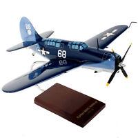 US Navy Curtiss SB2C Helldiver Desk Display Model 1/32 WW2 Aircraft MC Airplane