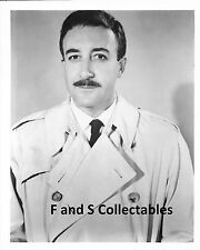 Peter Sellers 8x10 photo E/M536