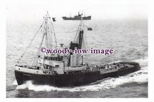 rs0502 - Royal Navy Tug - HMT Cautious , built 1940 - photograph