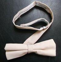 Vintage Bow Tie MENS Retro Dickie Bowtie Adjustable 1980s 1990s All Silk Beige