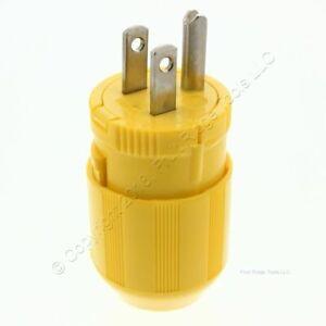 Cooper Yellow Nylon Male Quickeze Corrosion Resistant Plug 15A 125V 2P3W 5965VCR