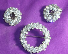 VINTAGE SIGNED WEISS BROOCH/PIN EARRINGS SET/DEMI CLEAR CIRCLE WREATH DESIGN