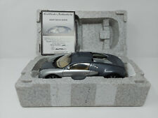 1:18 AUTOart Bugatti Veyron Show Car - Grey/Silver - 70902 - BOXED