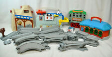 Thomas the Tank Engine 4 Types of Buildings w 68 extra Pcs Plastic Track (ACE)