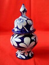 Pot couvert ancien porcelaine décoration vitrine