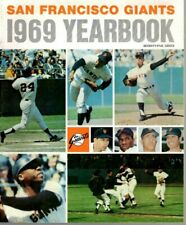 1969 San Francisco Giants Baseball Yearbook magazine Willie Mays, Willie McCovey
