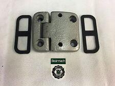 Bearmach Land Rover Defender RHS Door Hinge x 1 & Shims x 2 VIN FA470489 onward