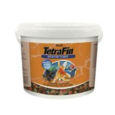Tetra TetraFin Goldfish Flakes, Balanced Diet 4.52-Pound