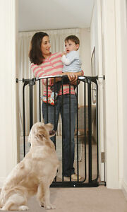 New Dreambaby Chelsea Extra tall 1Mt high Security Gate  BLACK kids safety pets