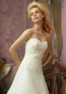 Mori Lee 2105 Size 28 GENUINE Wedding Dress  New With tags