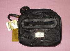 Kleine HM Design Leder Tasche Neu mit Etiket
