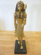 statuette égypte pharaon