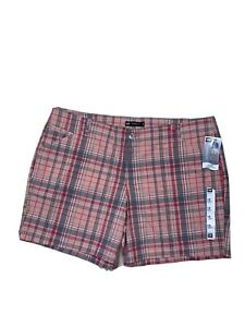LEE Womens Petite Size 18M Natural Fit Mid Rise Plaid Chino Shorts Cotton Blend