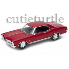 Welly 1965 Buick Riviera Gran Sport 1:24 Diecast Model Toy Car 28072D Red