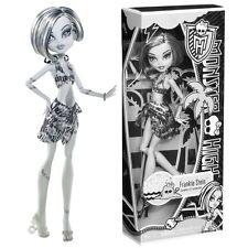 Monster High~~Skull Shores FRANKIE STEIN Black & White Exclusive Retired VHTF