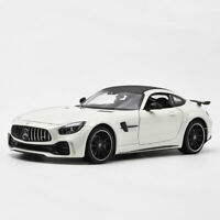 GT R Sports Car 1:24 Scale Model Car Metal Diecast Vehicle White Collection Gift