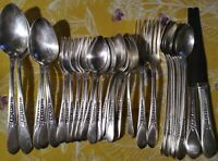 Wm Rogers 1941 Priscilla/Lady Ann Silverplate Flatware 32pc