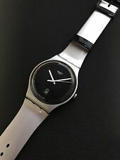 swatch Be Charged SUOB401 2015 New GENT Silver Black