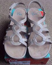 Women's Yuu Moria Comfort Slip On Slide Strappy Sandal Taupe Stone Tan 12 M NEW