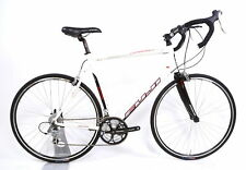 2009 Fuji Newest 2.0 Road Bike XL / 58 cm Shimano 3 x 9 Speed 700C