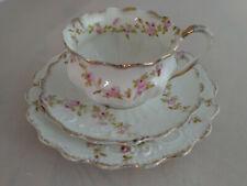 kleines Sammelgedeck Porzellan 3-teilig, Blumen Gold Silber Verzierung, sehr gut