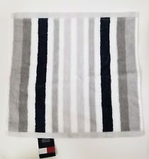 NEW TOMMY HILFIGER GRAY,WHITE,NAVY BLUE STRIPE 100% COTTON BATH TOWEL