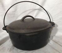 Vintage Heavy Cast Iron Dutch Oven With Bail Handle & Lid