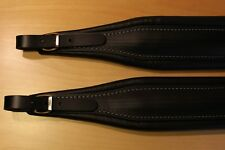 307a Deluxe 'All Leather' accordion straps Black, white stitching.