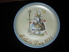 Schmid 1975 Mother's Day Collector Plate - Sister Berta Hummel Message Of Love