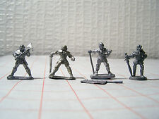 25 mm RENAISSANCE Foot knights x 4/WARHAMMER EMPIRE Reiksguard X 4