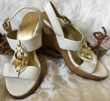 Fioni White Faux Leather Gold Toned Sandals Shoes Size 6.5