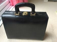 Black Calf Leather Large 1950s Vintage Handbag Box Bag Vanity Make Up Train Case