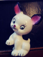 Cute White Cat - Kitty - Kitten - Figurine - Vintage Chalkware - Japan
