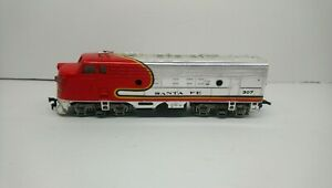 Bachmann HO Train Santa Fe Chrome Lighted Dummy Diesel Locomotive