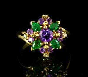 SIGNED FINE NATURAL AMETHYST COLOMBIAN EMERALD & DIAMOND 18K GOLD CLUSTER RING