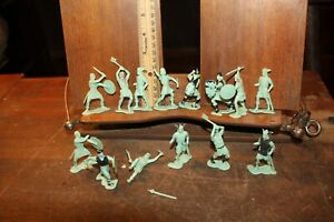 Vintage Marx 1965 Viking Toy Soldiers Lot of 14