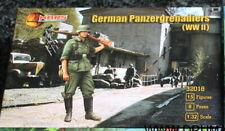 Mars 32018. German Panzergrenadiers WWII. Plastic 1/32 Scale Figures