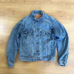 Levis 70507 Small S Classic Stonewash Blue Denim Jacket Distressed Read Desc