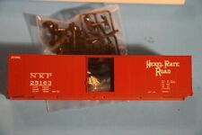 Ho Scale Red Caboose Boxcar - Nickle Plate (Nkp) Rr