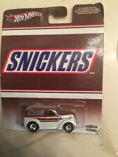 """HOT WHEELS """"Snickers"""" Pop Culture"""" Anglia Panel Truck, Metal/Metal Real Riders"""
