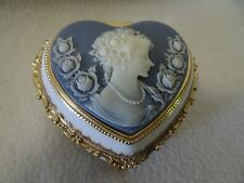 VINTAGE CAMEO MUSIC/JEWELRY HEART SHAPED BOX-BLUE LINING-JAPAN-FOOTED-GOLD TRIM