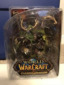 DC Unlimited World Of Warcraft Broll Bearmantle Alliance Druid Series 2 Figure